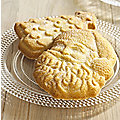 2 Festive Shortbread Moulds