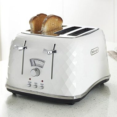 DeLonghi Brilliante 4-Slice Toaster