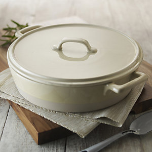 delicious. Large Round Casserole with Lid