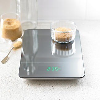 Lakeland Precision Flat Digital Kitchen Weighing Scale alt image 2