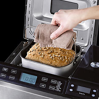 Lakeland Bread Maker Plus and Scales - 2 Loaf Sizes alt image 8