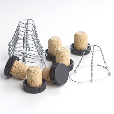 Lakeland Pack of 6 Corks & Wires
