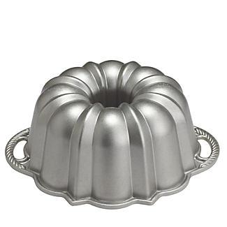 Traditional Bundt® Pan alt image 2