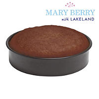Mary Berry with Lakeland 23cm Shallow Pushpan®