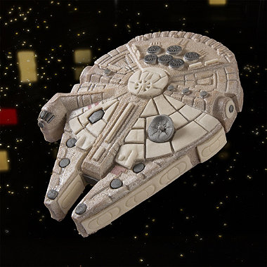Star Wars™ Millenium Falcon Cake Pan