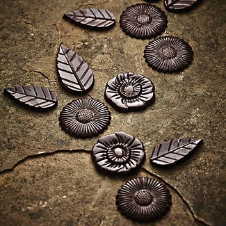 12 Flowers & Leaves Artisan Chocolate Mould alt image 2