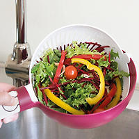 Lakeland Rinse and Twist Colander