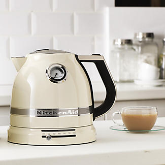 Kitchenaid® Artisan® 1.5L Kettle Almond Cream 5KEK1522BAC alt image 2