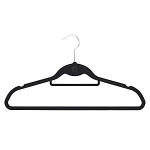 4 Non Slip Hangers With Hook