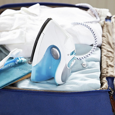 Lakeland Travel Steam Iron