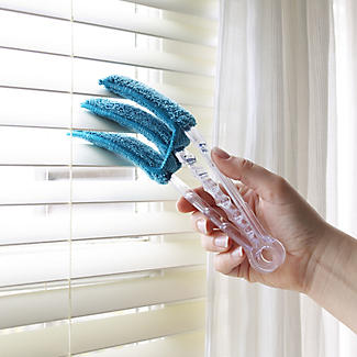 Microfibre Venetian Blind Cleaner Brush alt image 2