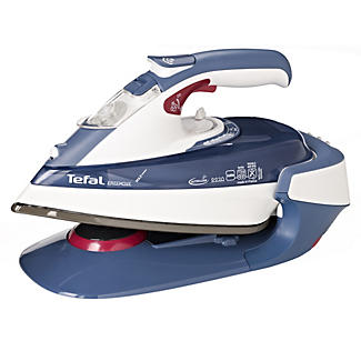 Tefal® FreeMove Cordless Steam Iron FV9920 alt image 2