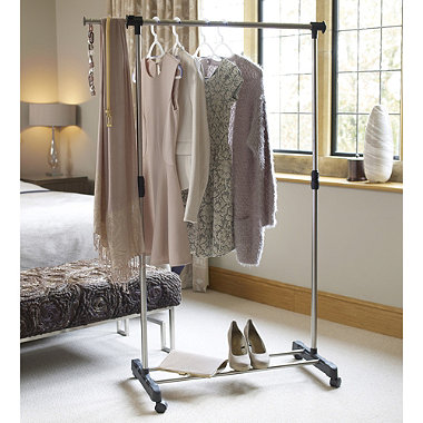 Single Pole Garment Rail