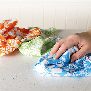 5 Bright Blooms Cleaning Cloths