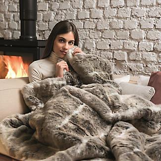 Alaskan Husky Faux Fur Heated Throw alt image 2