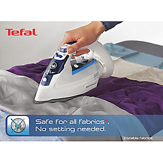 Tefal® Smart Protect Steam Iron FV4970 alt image 3