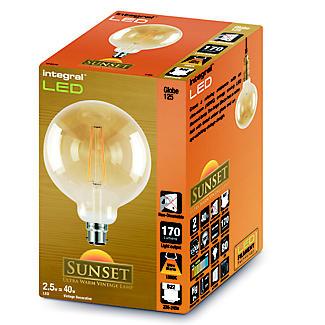 LED Filament Globe Bayonet Bulb Large ILGLOBB22N006 alt image 2