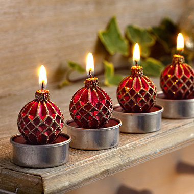 6 Red & Gold Bauble Tealights