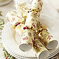 6 Holly Christmas Crackers