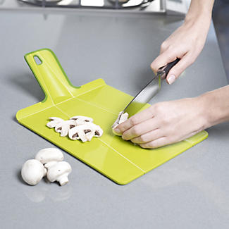 Joseph Joseph Chop 2 Pot Plus Folding Chopping Board alt image 2