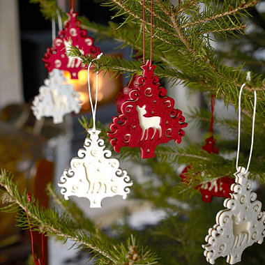12 Red And White Hanging Christmas Trees In Home Christmas
