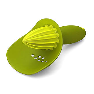 Joseph Joseph® Catcher Citrus Reamer Green alt image 2