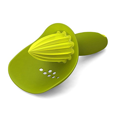 Joseph Joseph® Catcher Citrus Reamer Green
