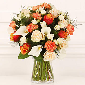 Peaches and Cream Bouquet With Free Express Delivery alt image 1
