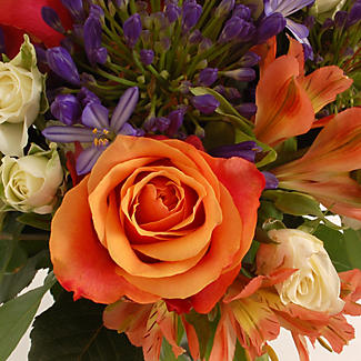 Summer's Day Bouquet With Free Express Delivery alt image 2