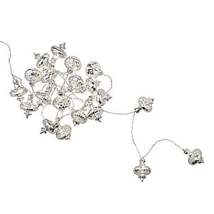 LED Silver Bauble Garland