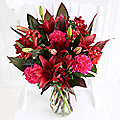 Chocolat Noir Bouquet with Free Express Delivery