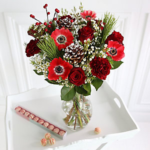 Very Berry Bouquet with Thomas & Grace Truffles With Free Express Delivery
