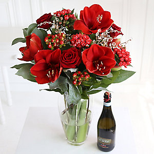 Yuletide Bouquet with Prosecco With Free Express Delivery