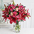 Rich Reds Bouquet with Free Express Delivery