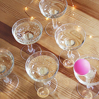 Prosecco Pong Drinking Game alt image 6