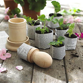 paper pot maker Information about making paper pots and gardening at dave's garden.