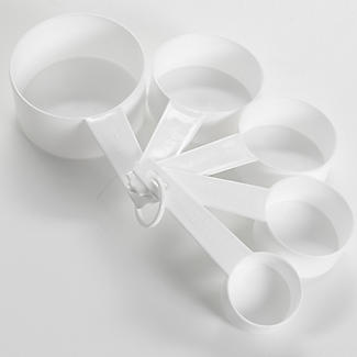 Lakeland Value 5 Plastic Measuring Cups Set