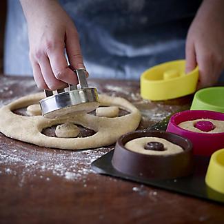 Doughnut Making Kit alt image 3