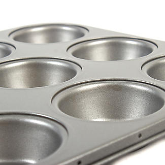 Mary Berry With Lakeland 12 Cup Muffin Tin alt image 3