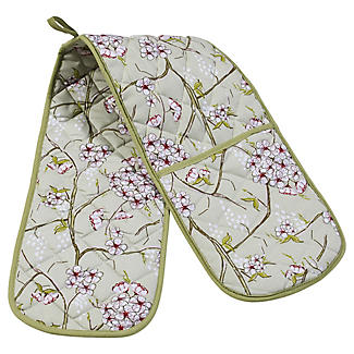 Mary Berry With Lakeland Floral Double Oven Glove alt image 1