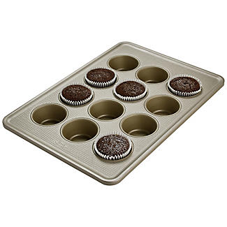 OXO Good Grips® Non-Stick Pro 12-Cup Muffin Tin alt image 3
