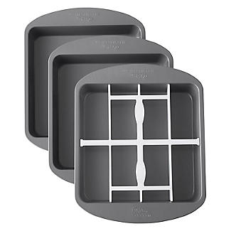 Wilton® Square Chequered Cake Pan Set alt image 2