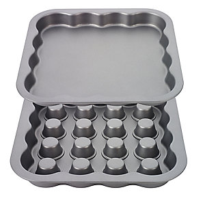 Fillables 29cm Square Cake Tin