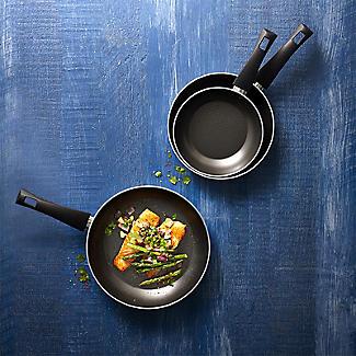 Lakeland 3-Piece Frying Pan Set - 20cm 24cm 28cm alt image 8