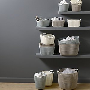 Knit-Effect Storage Range