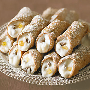 Candied fruit ricotta cannoli