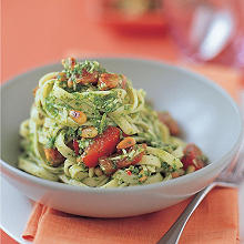 Fettuccini with rocket pesto & fresh tomato salsa