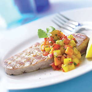Griddled tuna steaks with tropical fruit salsa by Liz Franklin