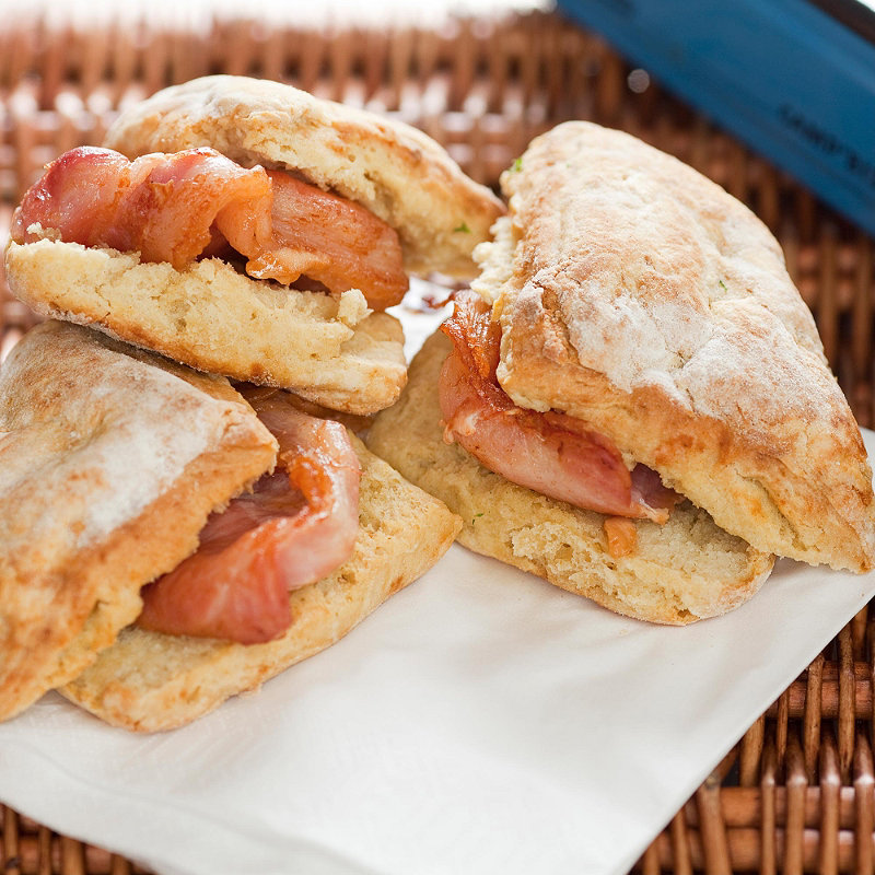 Soda bread farls with bacon