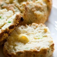 Cheese scone with Quick Peach Chutney